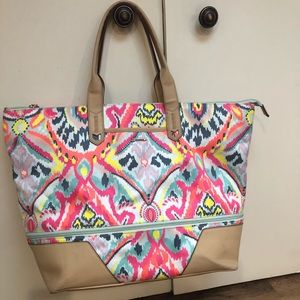 Stella & Dot Ikat Getaway Bag